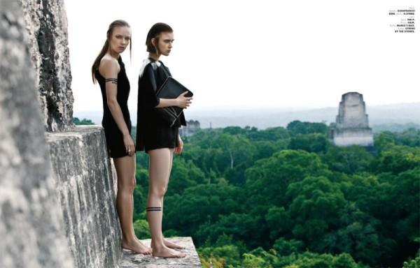 Jana Knauerová and Ania K are Apocalyptic in Elle Mexico December by Santiago Ruisenor