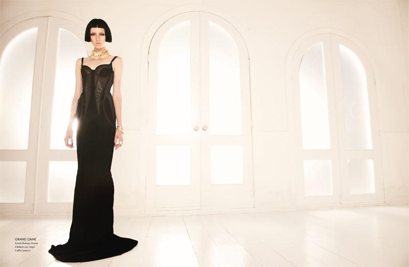 "Sarah Engelland by Juan Algarin in ""Black Swan"" for Fashion Gone Rogue Print"