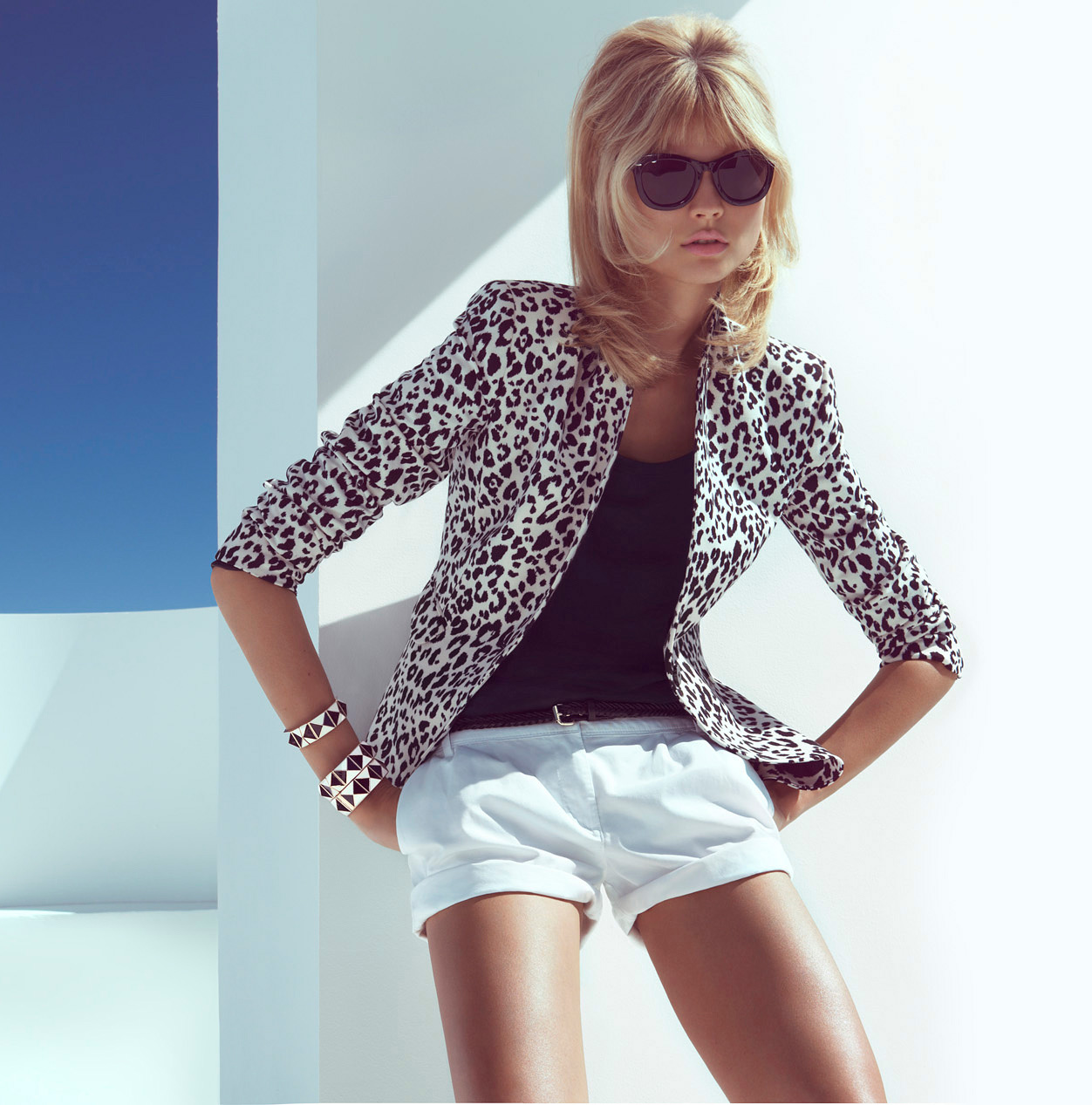 "Magdalena Frackowiak Sports ""Spring's Key Pieces"" for H&M"