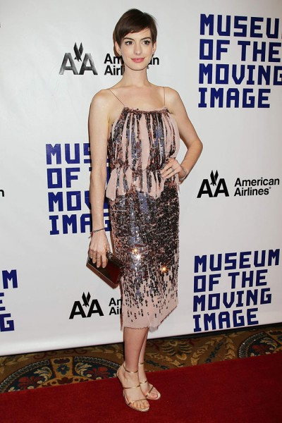 Anne Hathaway Shines in Nina Ricci at the Museum of the Moving Image's 27th Annual Black Tie Salute