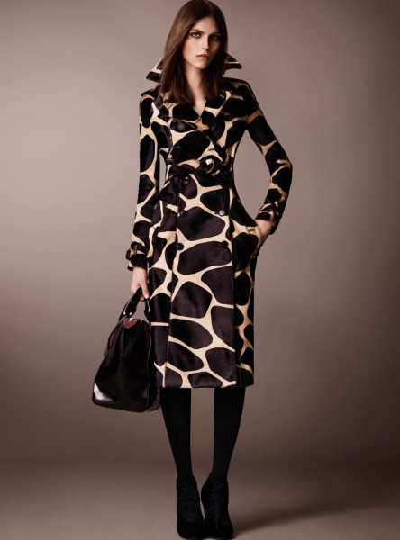 burberry28 444x600 Burberry Pre Fall 2013 Collection