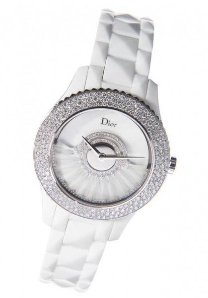 dior printemps18 419x600 Dior for Printemps Christmas 2012 Collection
