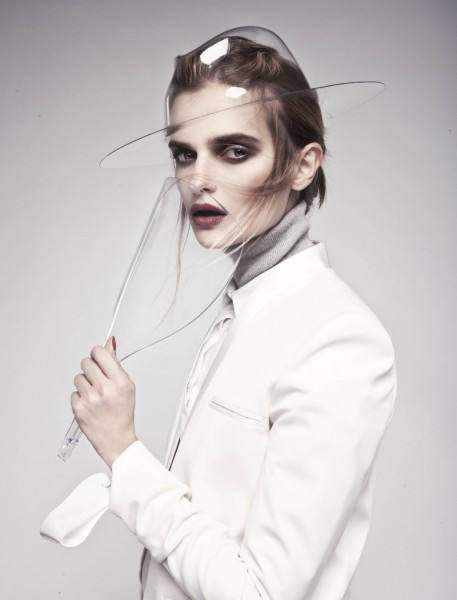 Anna Zakusilo Sports Minimal Luxe for Stolnick Magazine