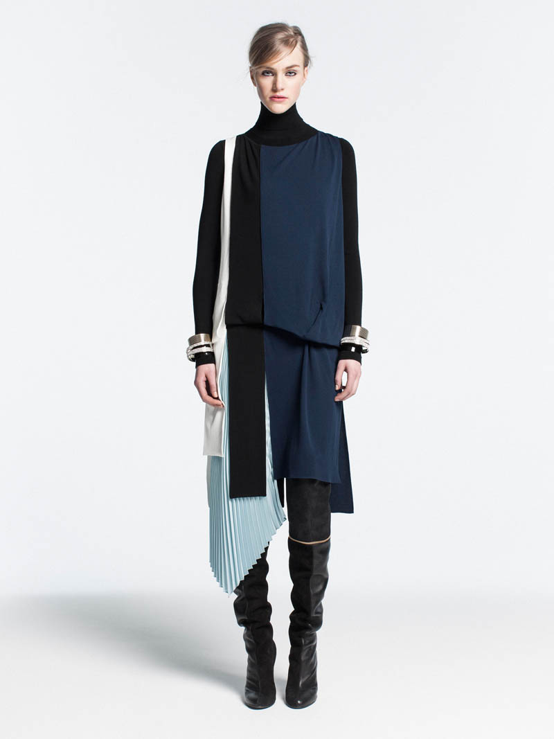 Vionnet Showcases Color-Blocking Looks for its Pre-Fall 2013 Collection
