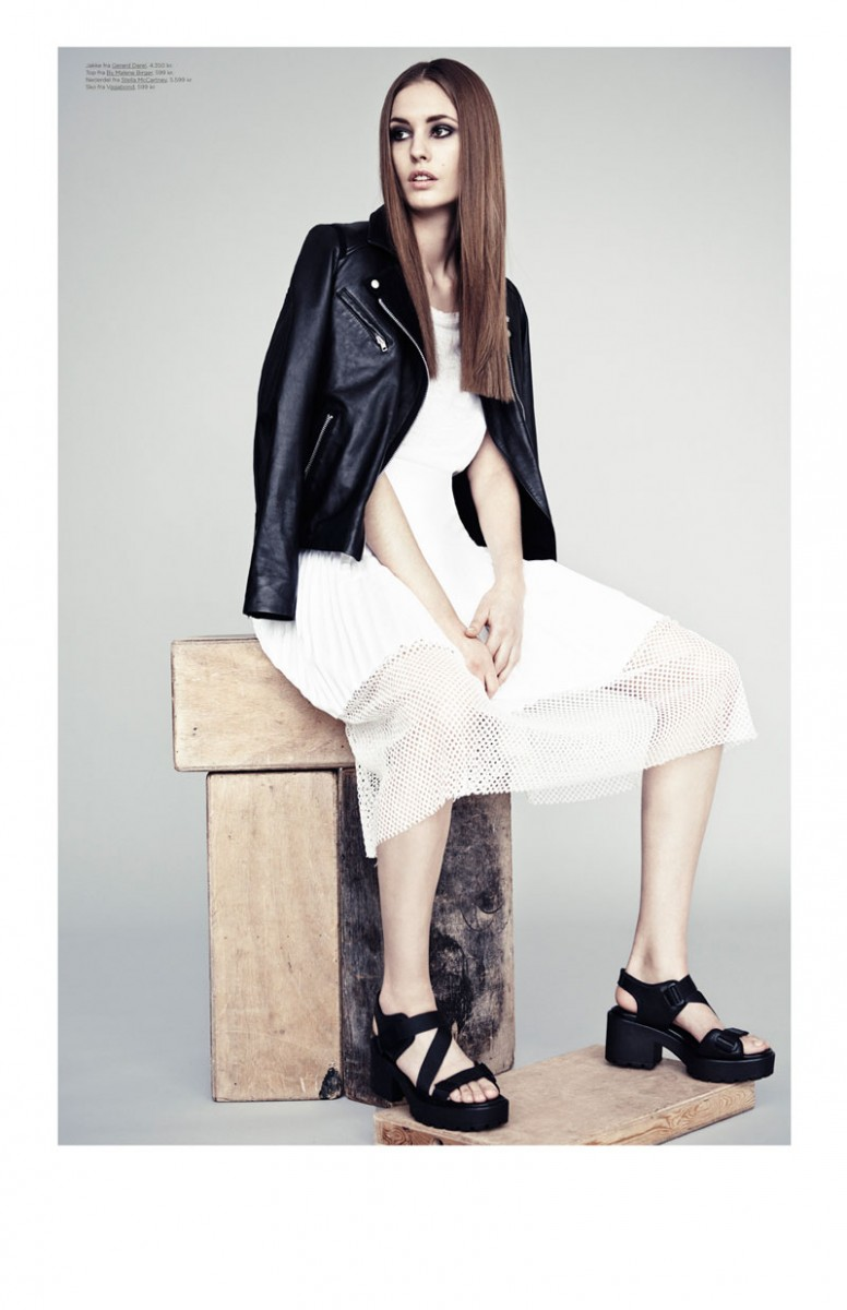 Nadja Bender Models Minimal Style for Eurowoman by Honer Akrawi