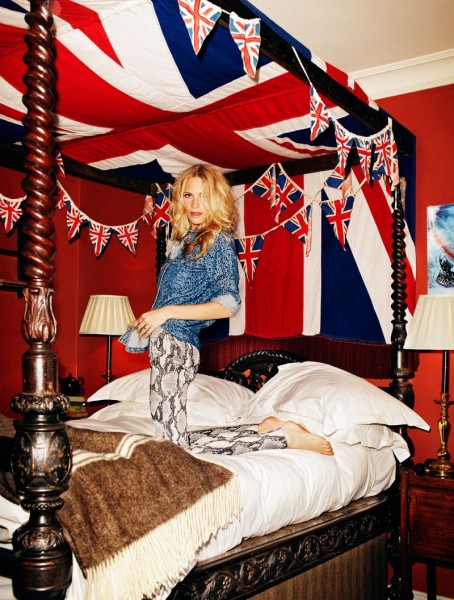 Poppy Delevingne is Fun and Flirty for Xavi Gordo in Elle Spain April 2013