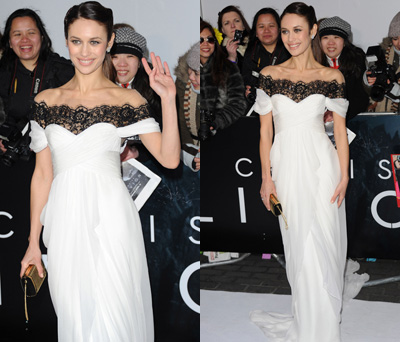 "Olga Kurylenko is a Vision in Marchesa at the ""Oblivion"" London Premiere"