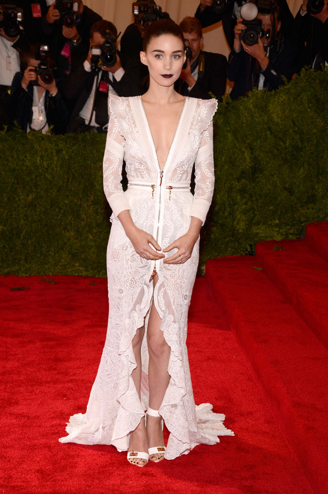 Rooney Mara Wears Givenchy Haute Couture to the 2013 Met Gala