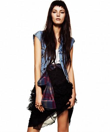 Ava Smith is Grunge Chic for Flaunt Magazine by Alexander Neumann