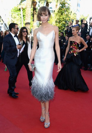 "Karlie Kloss Dons Louis Vuitton at ""The Immigrant"" Cannes Film Festival Premiere"