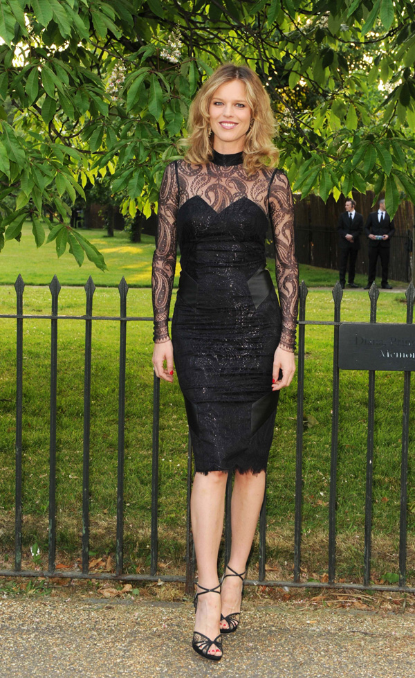 LWren Scott eva herzigova Sarah Jessica Parker in Marc Jacobs, Miranda Kerr in Dolce and More Looks of the Week