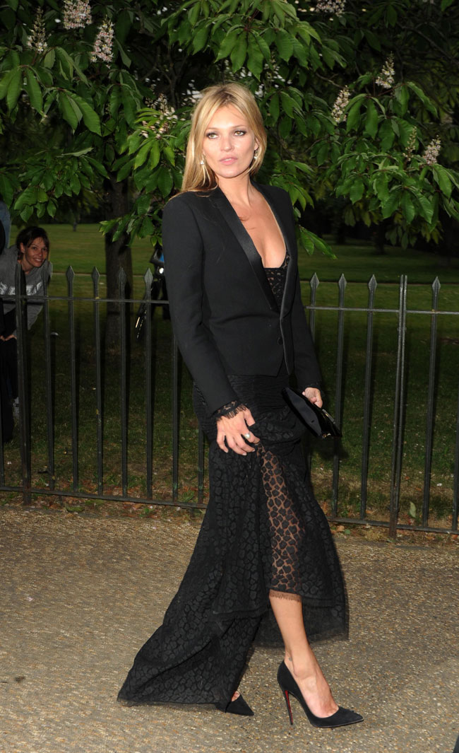 kate moss saint laurent1 Kate Moss Steps Out in Saint Laurent at the Serpentine Gallery Summer Party