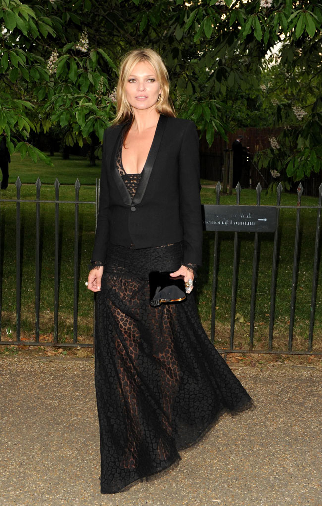 kate moss saint laurent3 Kate Moss Steps Out in Saint Laurent at the Serpentine Gallery Summer Party