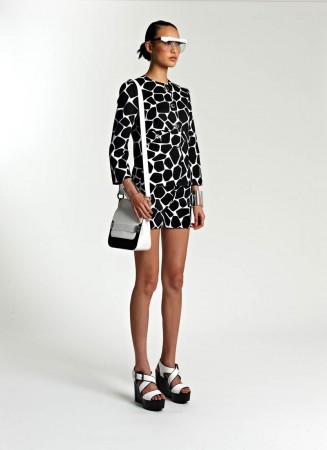 michael kors resort12 327x450 Michael Kors Resort 2014 Collection