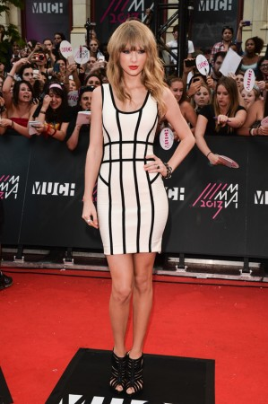 Taylor Swift Rocks Herve Leger at the 2013 MuchMusic Awards