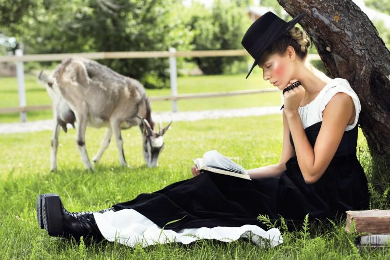 Yuliana Dementyeva Lives the Amish Life for Elle Ukraine August 2013 by Nikolay Biryukov