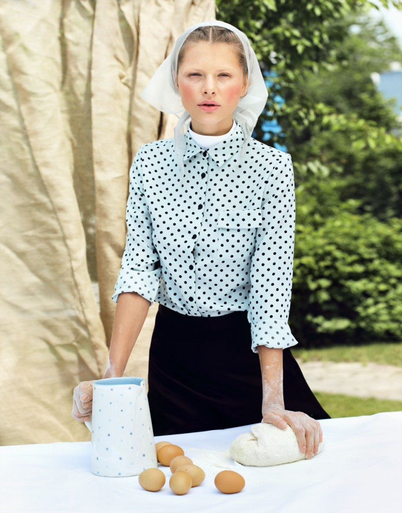 Amish4 800x1021 Yuliana Dementyeva Lives the Amish Life for Elle Ukraine August 2013 by Nikolay Biryukov