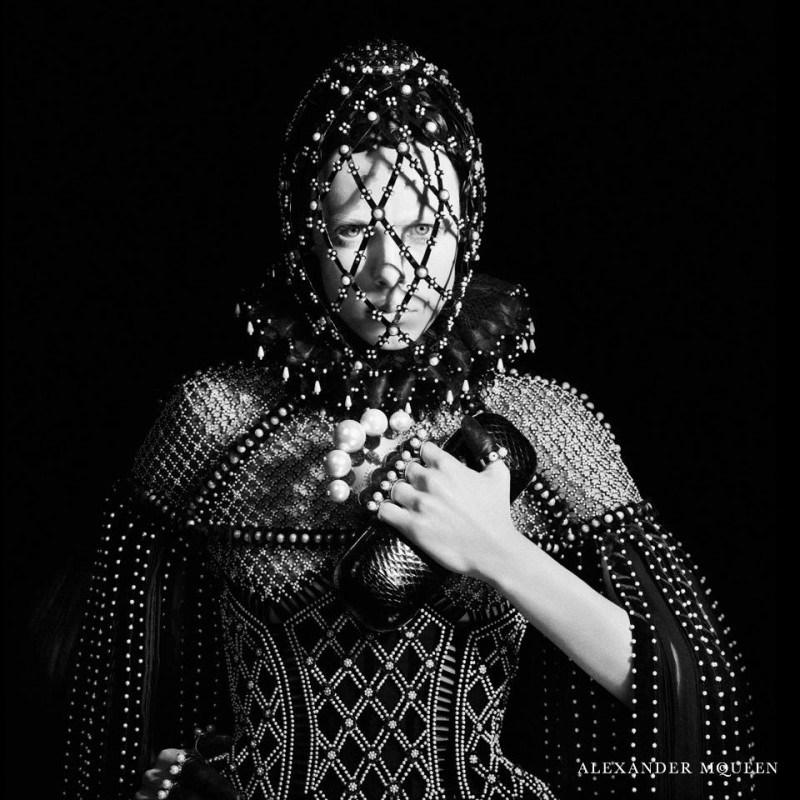 alexander mcqueen fw campaign7 800x800 Edie Campbell Gets Regal for Alexander McQueen Fall 2013 Campaign by David Sims
