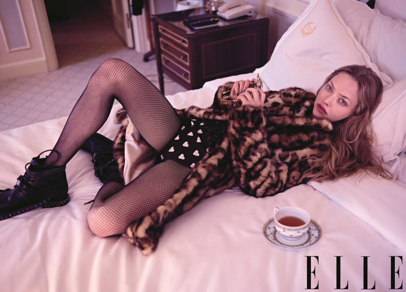 amanda elle cover3 Amanda Seyfried Shines on Elle US August 2013 Cover in Dolce & Gabbana