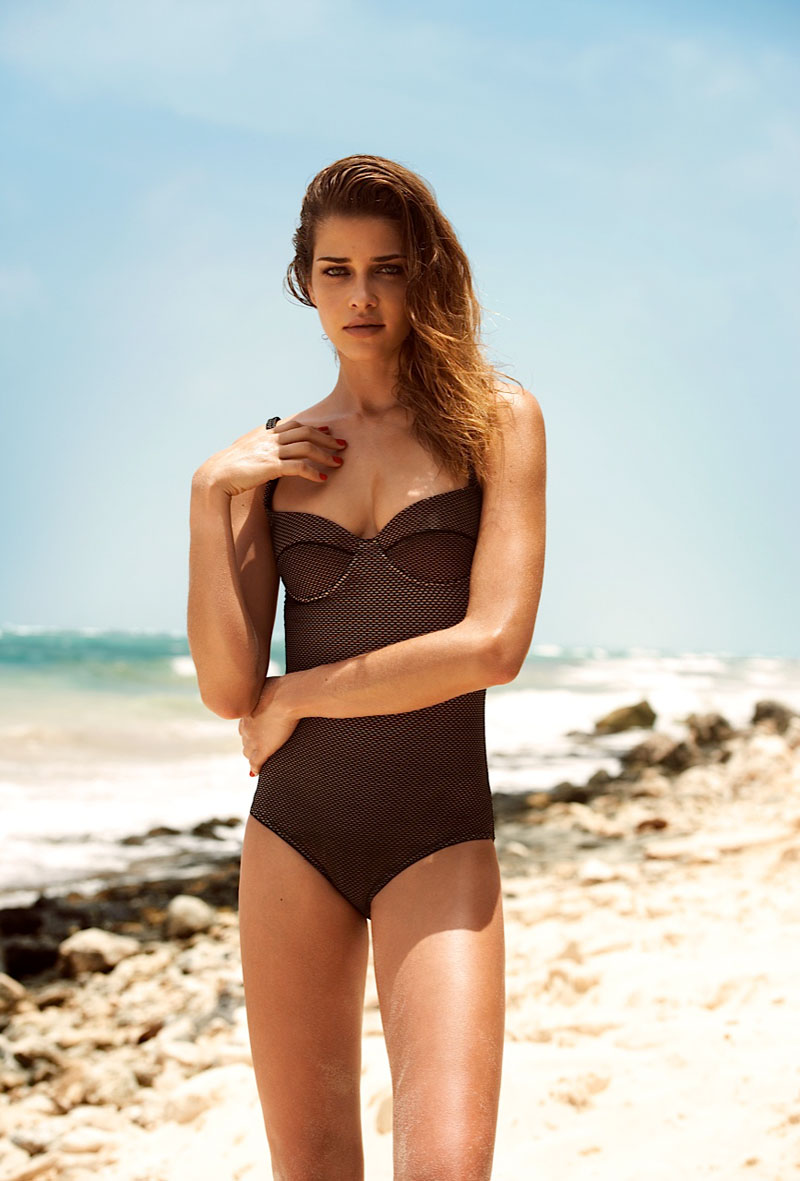 ana beatriz barros2 Ana Beatriz Barros Poses for Alexander Neumann in Harpers Bazaar Latin America July 2013