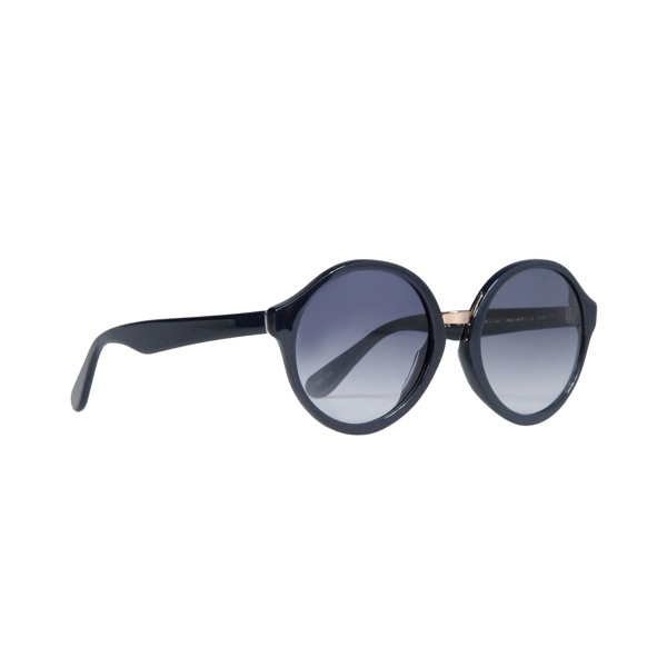 apc sunglasses 8 Essentials for Your Summer Beach Outing