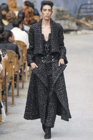 chanel-haute-couture-fall-17