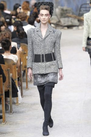 chanel-haute-couture-fall-30