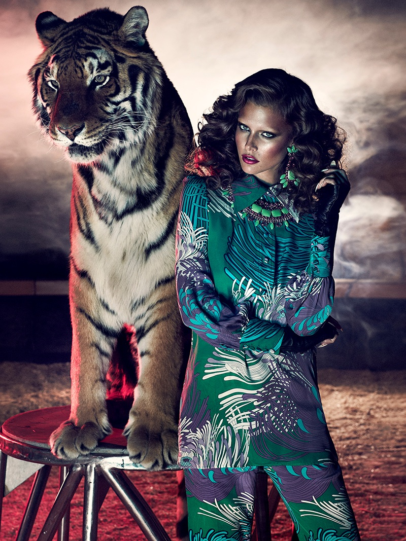 chris nicholls wild shoot6 Kim Cloutier Joins the Circus for Dress to Kill Magazine by Chris Nicholls