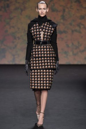 dior couture fall 2013 18 300x450 Dior Haute Couture Fall 2013 Collection