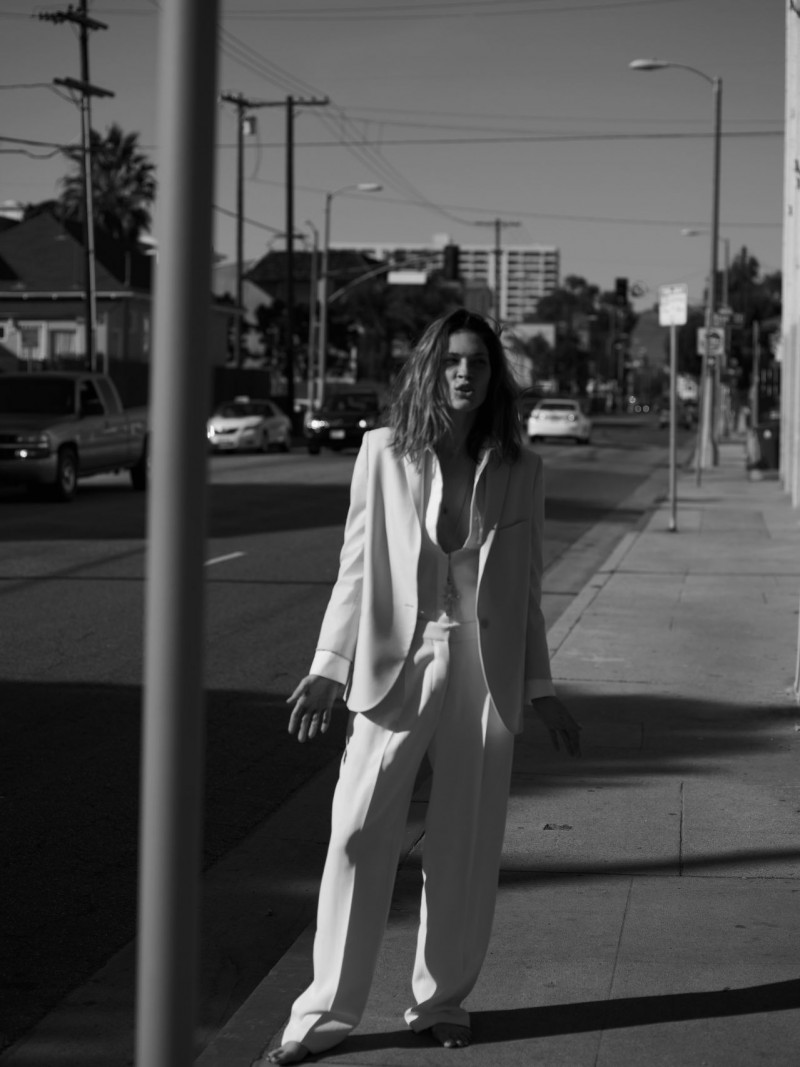 erin wasson rika11 800x1067 Erin Wasson Poses for Annemarieke van Drimmelen in Rika Magazine