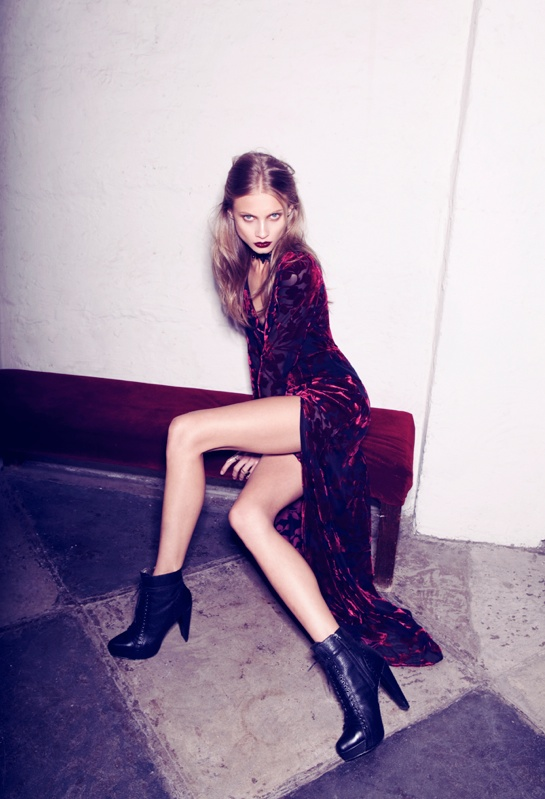 for love lemons vampire lb14 Anna Selezneva Gets Gothic in For Love & Lemons Fall 2013 Ads