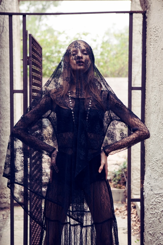 for love lemons vampire lb16 Anna Selezneva Gets Gothic in For Love & Lemons Fall 2013 Ads