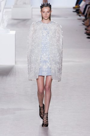 giambattista valli couture fall 2013 15 300x450 Giambattista Valli Fall 2013 Haute Couture Collection