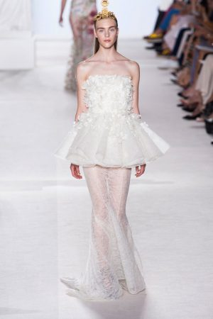 giambattista valli couture fall 2013 23 300x450 Giambattista Valli Fall 2013 Haute Couture Collection