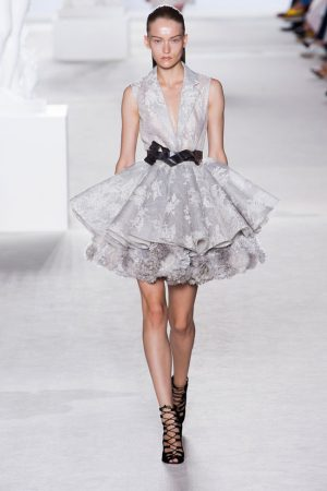 giambattista valli couture fall 2013 3 300x450 Giambattista Valli Fall 2013 Haute Couture Collection