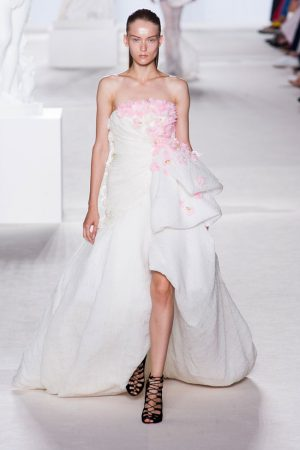 giambattista valli couture fall 2013 34 300x450 Giambattista Valli Fall 2013 Haute Couture Collection