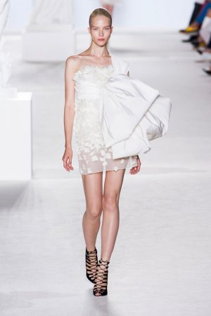 giambattista valli couture fall 2013 6 300x450 Giambattista Valli Fall 2013 Haute Couture Collection