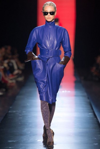 jean paul gaultier haute couture fall 18 350x524 Jean Paul Gaultier Fall 2013 Haute Couture Collection
