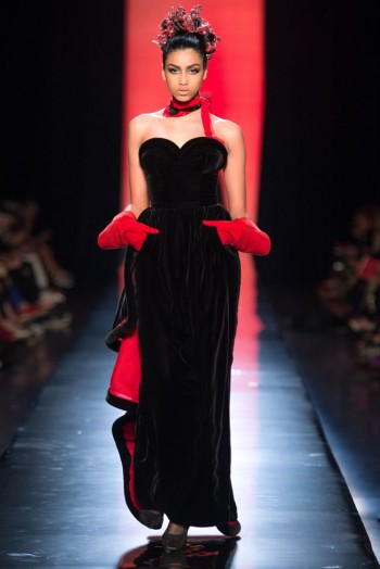 jean paul gaultier haute couture fall 28 350x524 Jean Paul Gaultier Fall 2013 Haute Couture Collection
