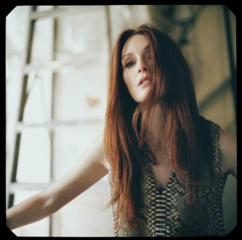 julianne-moore-reed