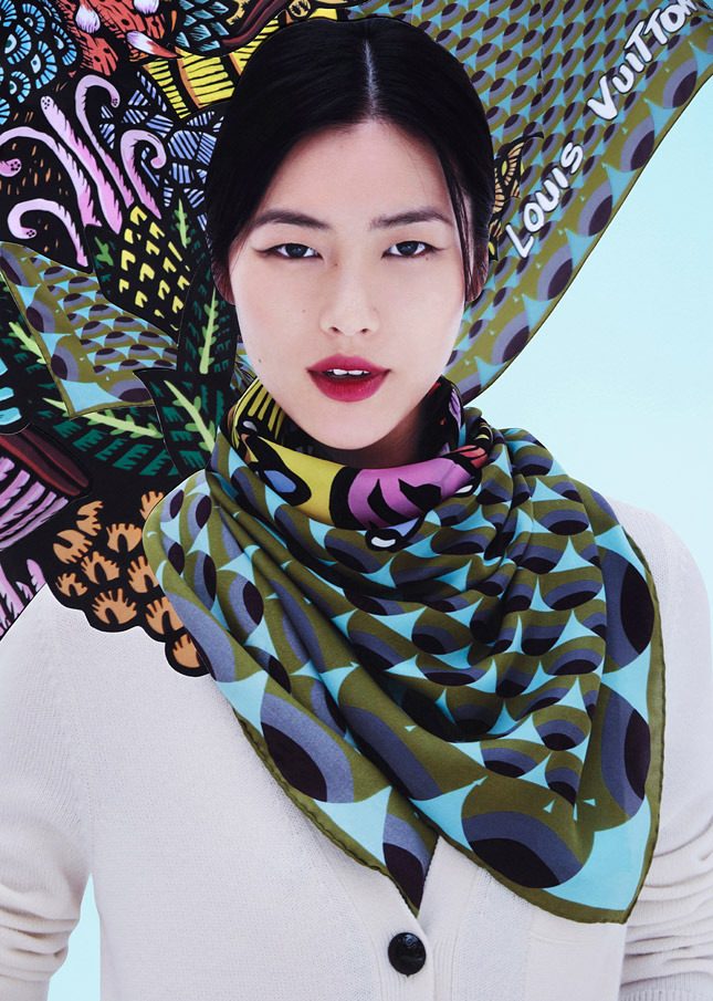 liu wen lv scarves4 Liu Wen Models Louis Vuitton x Street Artists Scarves Collaboration