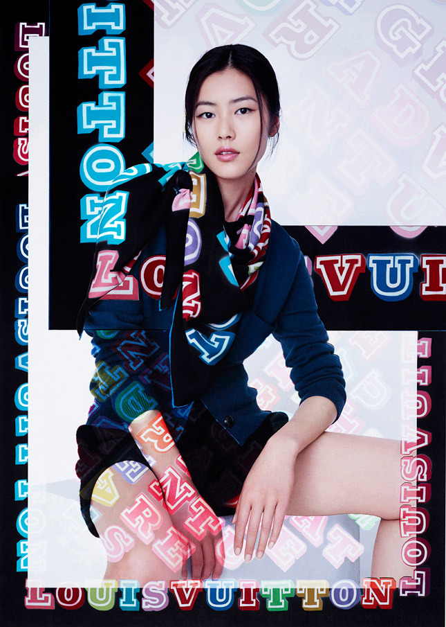 liu wen lv scarves5 Liu Wen Models Louis Vuitton x Street Artists Scarves Collaboration