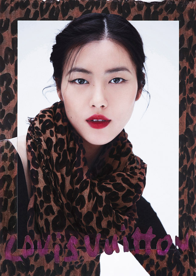 liu wen lv scarves7 Liu Wen Models Louis Vuitton x Street Artists Scarves Collaboration