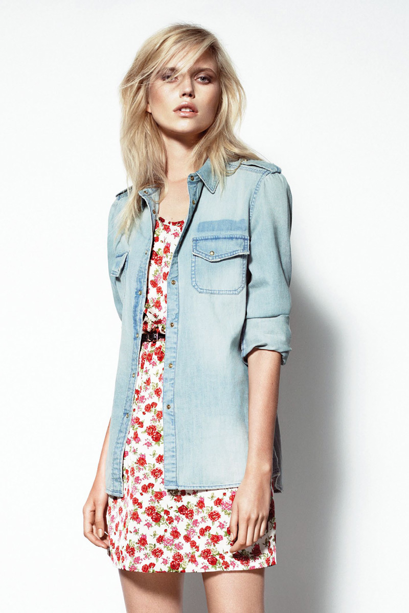 mango july lb8 Mango Taps Cato Van Ee for July Lookbook
