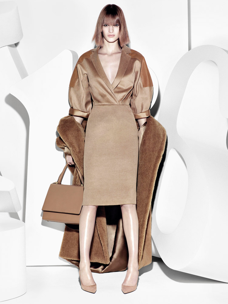 max mara campaign fall2 Ashleigh Good Stars in Max Mara Fall 2013 Campaign by Mario Sorrenti