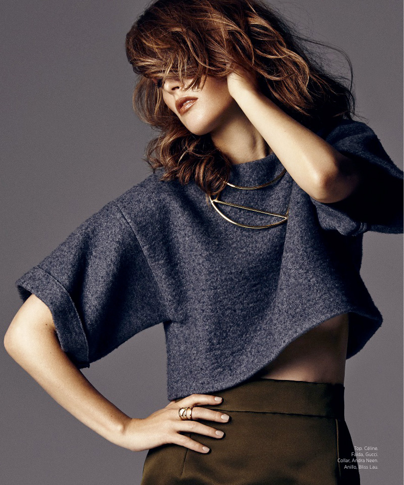rose byrne actress4 Rose Byrne Poses in Harpers Bazaar Latin America August 2013 Cover Shoot