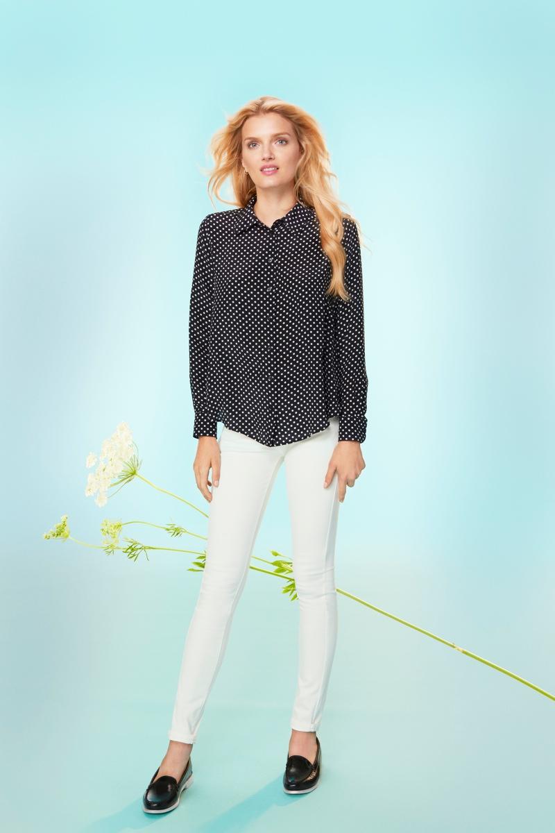 uniqlo silk cashmere3 Chloe Sevigny and Lily Donaldson Front Uniqlos Silk & Cashmere Campaign
