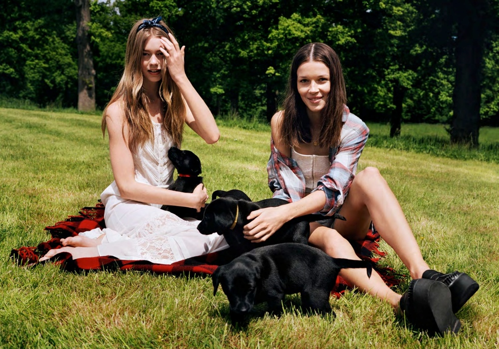 urban outfitters summer15 Ondria Hardin and Hanna Sorheim Star in Urban Outfitters Late Summer Lookbook