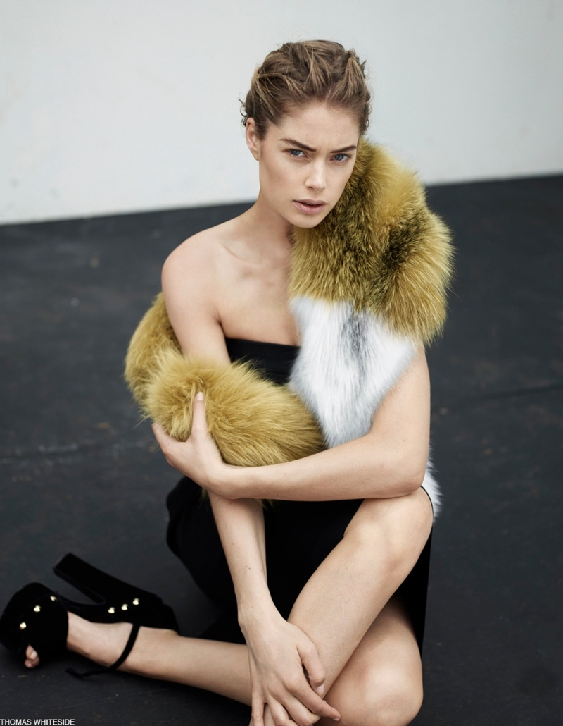DOUTZEN KROES THOMAS WHITESIDE 09 Doutzen Kroes Poses for Thomas Whiteside in Elle France Collections Story