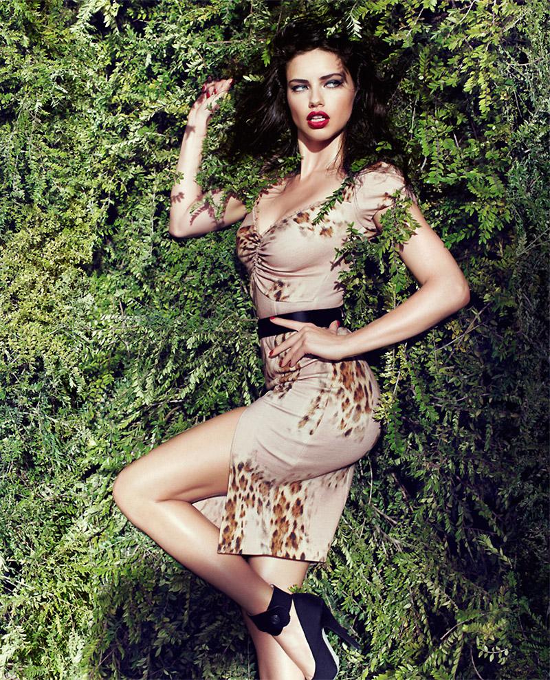 Adriana Lima Turns 33! Hot Photos of the Model